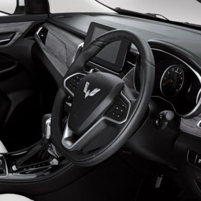 interior-tilt-steering-1.jpg